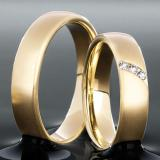 Marrying 585 Gelbgold, 5,00 mm Breite, seidenmatt, 3 Brillanten 0,05 ct TW/SI			(optional),