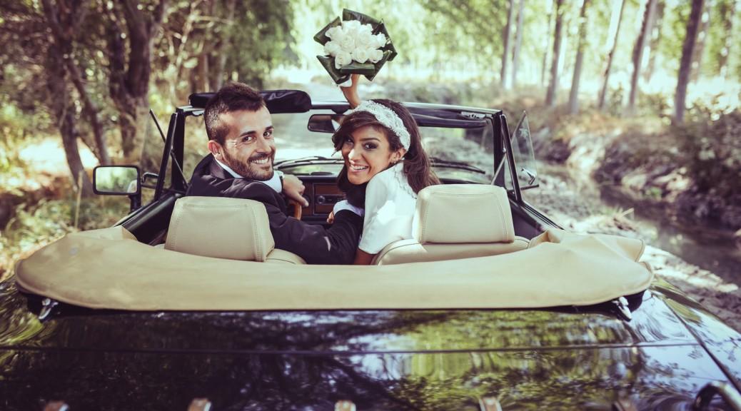 Brautfahrzeug: Limousine, Oldtimer oder Kutsche?