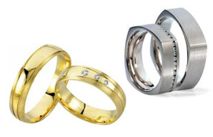 one colored Wedding rings