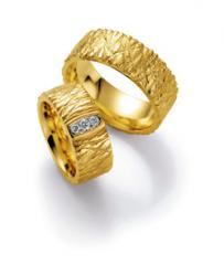 585 Gelbgold, Relief - Struktur,  Nowotny-Collection Ruesch Exclusive Wedding rings